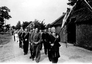 1950 ca processie
